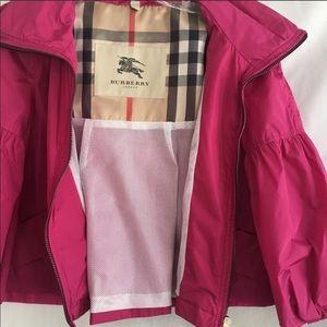 34bdf82a3d4 Burberry Pink Cropped Rain ☔️ Jacket
